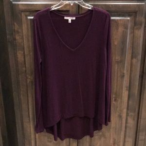 Express One Eleven V-neck Long Sleeve Tee M $38!!